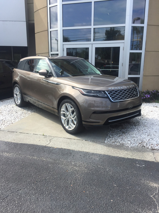 new 2018 land rover range rover velar r dynamic se suv in charleston lr0020 land rover west. Black Bedroom Furniture Sets. Home Design Ideas